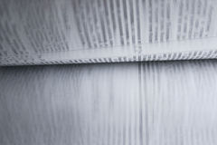 El mover de un tirón de las páginas del libro Foto de archivo libre de regalías