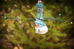 El muñeco de nieve blanco en a imágenes de archivo libres de regalías