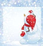 El muñeco de nieve del vector escribe el saludo en espacio en blanco, en backgrou de las nevadas Imágenes de archivo libres de regalías