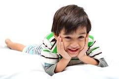 El muchacho del retrato coloca Imagen de archivo