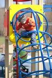 El muchacho joven de tres años en el patio Fotografía de archivo libre de regalías