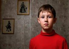El muchacho pensativo Foto de archivo libre de regalías