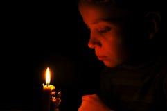 El muchacho y el ángel Imagen de archivo libre de regalías