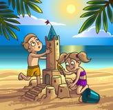 El muchacho y la muchacha están construyendo el castillo de arena stock de ilustración