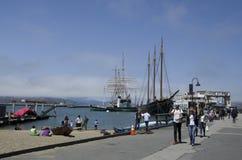 El muelle del pescador de la costa Imagen de archivo libre de regalías