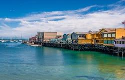 El muelle del viejo pescador en Monterey fotos de archivo