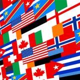 El mundo señala el fondo por medio de una bandera Foto de archivo libre de regalías
