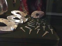 El museo de la cámara del arsenal en Moscú, Rusia Zapatos antiguos del caballo Foto de archivo libre de regalías