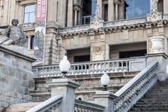 El museo del edificio de la fachada, MNAC y las escaleras del acceso en Montjuic parquean, B imágenes de archivo libres de regalías