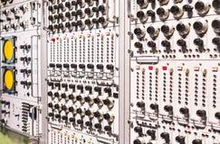 El museo técnico en Viena exhibe la producción de exposición se dedica al desarrollo de los ordenadores y de Internet n foto de archivo