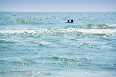 El nadar lejos Imágenes de archivo libres de regalías