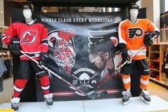 El NHL hace compras decoración en Manhattan foto de archivo libre de regalías
