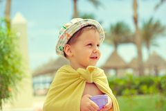 El niño en un sombrero Fotos de archivo libres de regalías