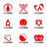 El niño rojo embroma diseño determinado del vector de la muestra del logotipo libre illustration