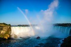 El Niagara Falls bien conocido en Canadá, Ontario imagen de archivo