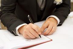 Firma de la boda imágenes de archivo libres de regalías
