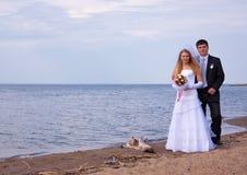 El novio y la novia Imágenes de archivo libres de regalías