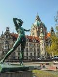 El nuevo ayuntamiento majestuoso en el Marschpark en Hannover, Alemania imagen de archivo