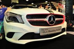 El nuevo freno de tiroteo del CLA de Mercedes-Benz en la exhibición durante el Singapur Motorshow 2016 Imagen de archivo libre de regalías
