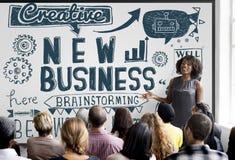 El nuevo lanzamiento del negocio comienza para arriba el concepto de Vision Imagenes de archivo