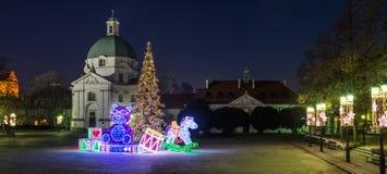 El nuevo mercado de Varsovia en la noche de la Navidad Fotos de archivo libres de regalías