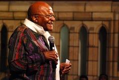El obispo Emeritus Desmond Tutu del arco Imagenes de archivo