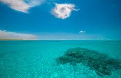 El Océano Índico de la turquesa Imágenes de archivo libres de regalías