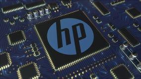 El ordenador imprimió la placa de circuito o el PWB con el logotipo de Hewlett-Packard Company HP Animación conceptual del editor stock de ilustración