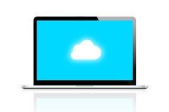 El ordenador portátil conecta la computación de la nube Imagen de archivo libre de regalías
