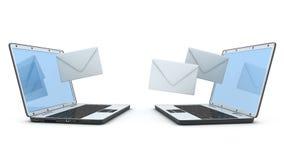 El ordenador portátil y envía el email, el lazo inconsútil y el canal alfa almacen de metraje de vídeo