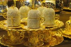 El oro adornó el juego de té Foto de archivo