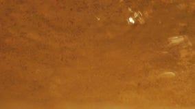 El oscilar de la superficie del agua metrajes