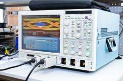 El osciloscopio digital foto de archivo