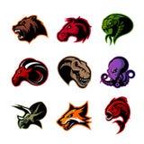 El oso, caballo, serpiente, espolón, zorro, piraña, dinosaurio, cabeza del pulpo aisló concepto del logotipo del vector stock de ilustración