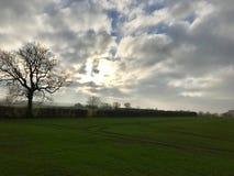 El país coloca paisaje hermoso del cielo Imagen de archivo libre de regalías