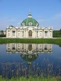 El pabellón de la gruta en el museo-estado Kuskovo, monumento del th Foto de archivo