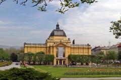 El pabellón del arte en Zagreb fotografía de archivo