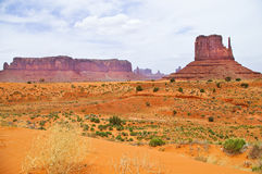 El paisaje único del valle del monumento, Utah, los E.E.U.U. Imagen de archivo