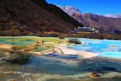 El paisaje colorido del otoño del parque nacional de Huanglong Fotografía de archivo libre de regalías