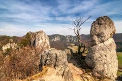El paisaje de la primavera, el Sulov oscila en Eslovaquia Fotos de archivo