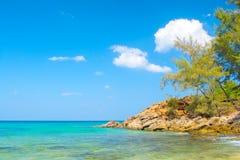 El paisaje del mar y de la orilla Imagen de archivo libre de regalías