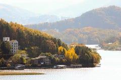 El paisaje del otoño de la montaña Imágenes de archivo libres de regalías
