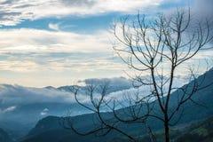 El paisaje hermoso de las montañas Foto de archivo libre de regalías