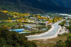 El paisaje hermoso: El viajar en Tíbet Imagen de archivo libre de regalías