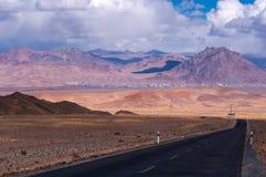 El paisaje hermoso: El viajar en Tíbet Foto de archivo libre de regalías