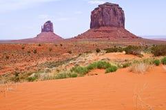 El paisaje único del valle del monumento, Utah, los E.E.U.U. Foto de archivo libre de regalías