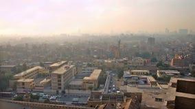 El paisaje urbano de El Cairo viejo almacen de metraje de vídeo