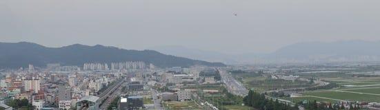 El paisaje urbano de Gimhae del panorama, ciudad de Gimhae está en Corea del Sur fotos de archivo libres de regalías