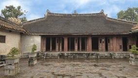 El palacio colindante complejo de Hoa Khiem del palacio en el complejo del Tu Duc Royal Tomb, tonalidad, Vietnamn imagen de archivo