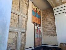 El palacio de Knossos es el sitio arqueol?gico m?s grande de la edad de bronce en la isla de Creta, Grecia Detalle de ruinas anti fotografía de archivo libre de regalías